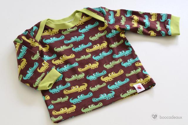Babyshirt aus Krokodil Jersey von Lillestoff