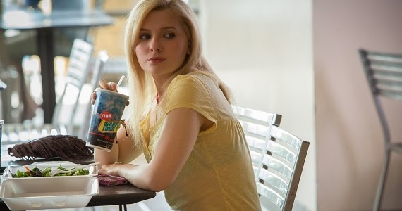 The Call: Abigail Breslin plays a victim kidnapped from a mall | A Constantly Racing Mind