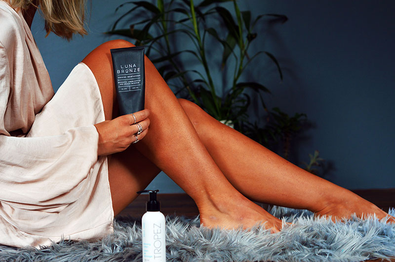 ultimate fake tan guide girl with tanned legs