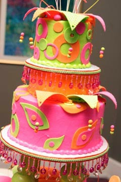http://www.blogmarry.com/2011/06/unusual-wedding-cakes-designs/