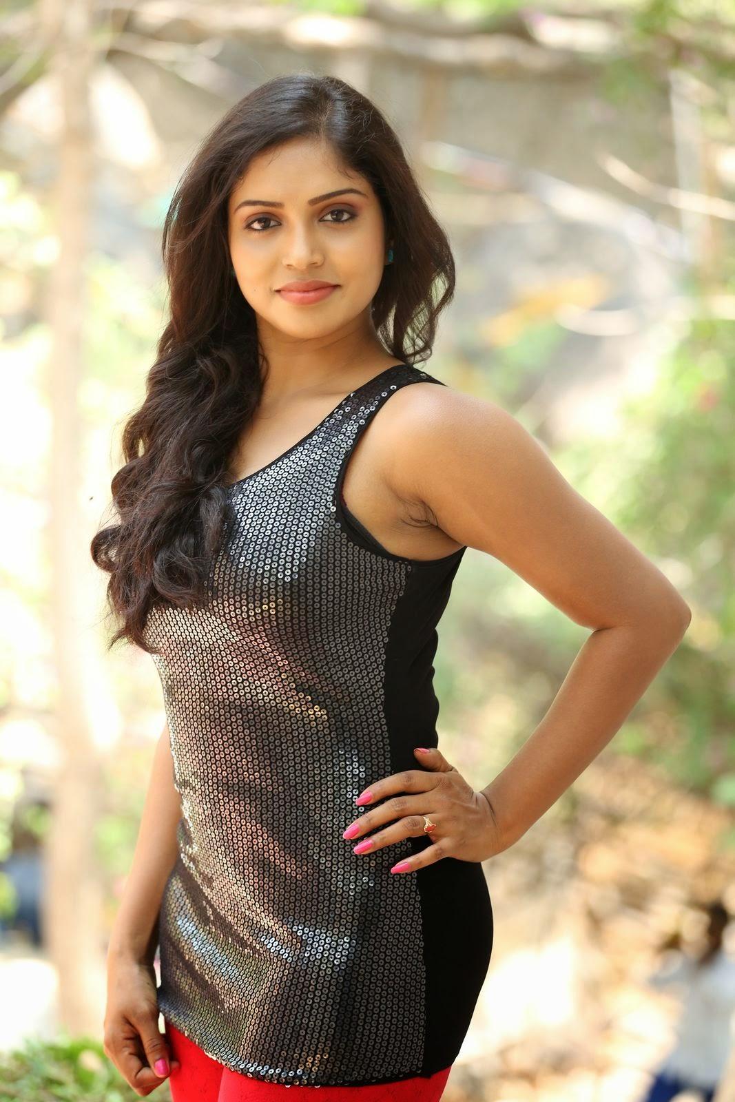 Actress Karunya New glam pics-HQ-Photo-3