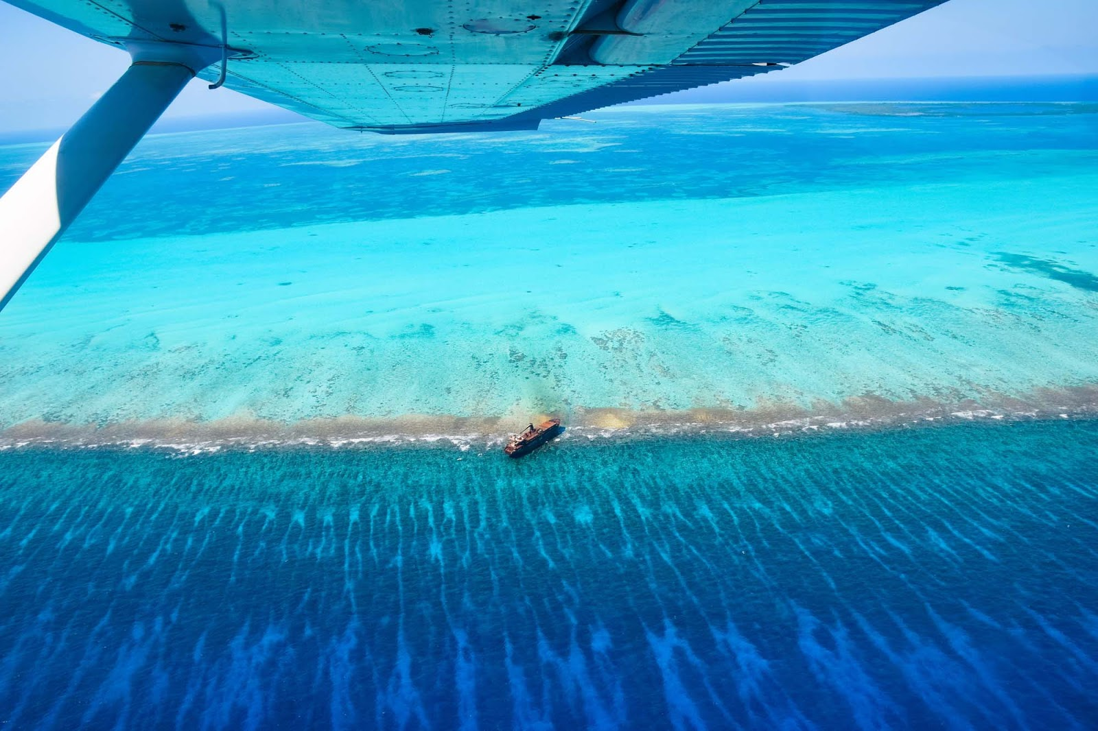 scenic flight over the blue hole