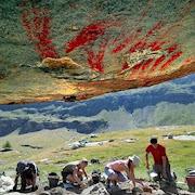 В Альпах на высоте более 2 тысяч метров обнаружены древние наскальные рисунки