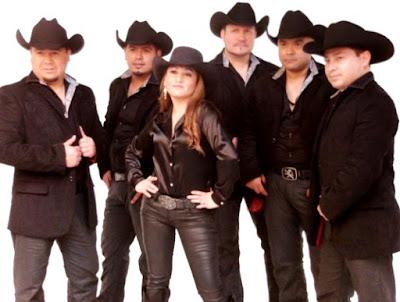 Foto del grupo Límite posando de negro