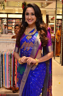 Pragya Jaiswal in colorful Saree looks stunning at inauguration of South India Shopping Mall at Madinaguda ~ Exclusive Celebrities Galleries 012