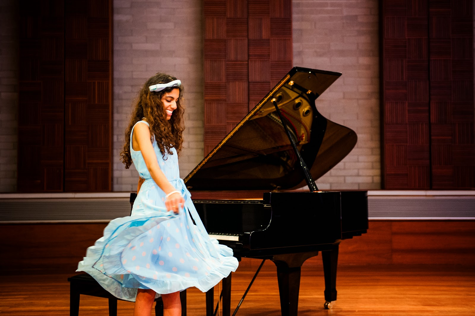 yamaha grand piano alannah hill graduation recital photoshoot