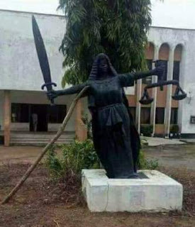 Lol...The power of social media! The fallen Statue of Justice has been restored (photos)