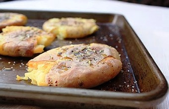 Recipe for Smashed Ontario Potatoes dressed with Olive Oil, Kosher Salt and FENNEL SEEDS