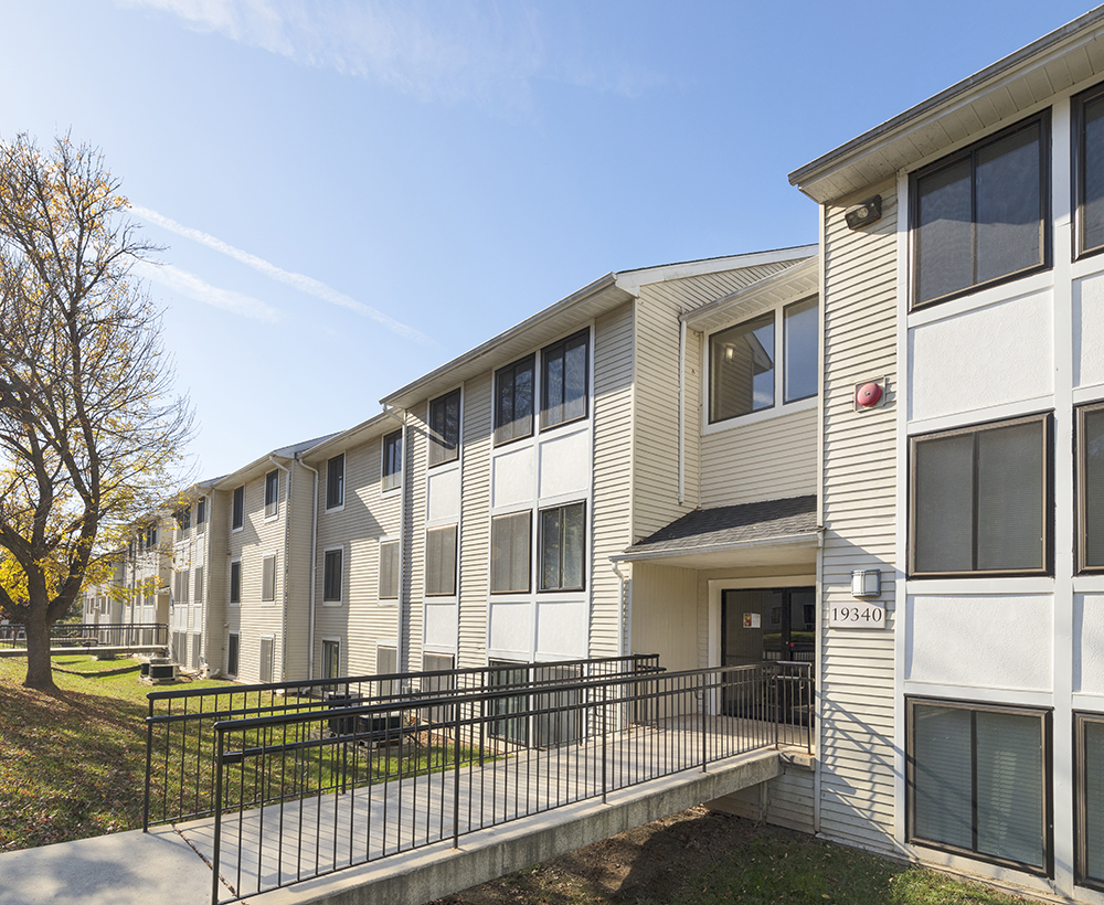 Hff Announces 87 75 Million Of Maryland Apartment Community