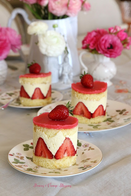 Le Fraisier - a French Strawberry Cake with recipe!