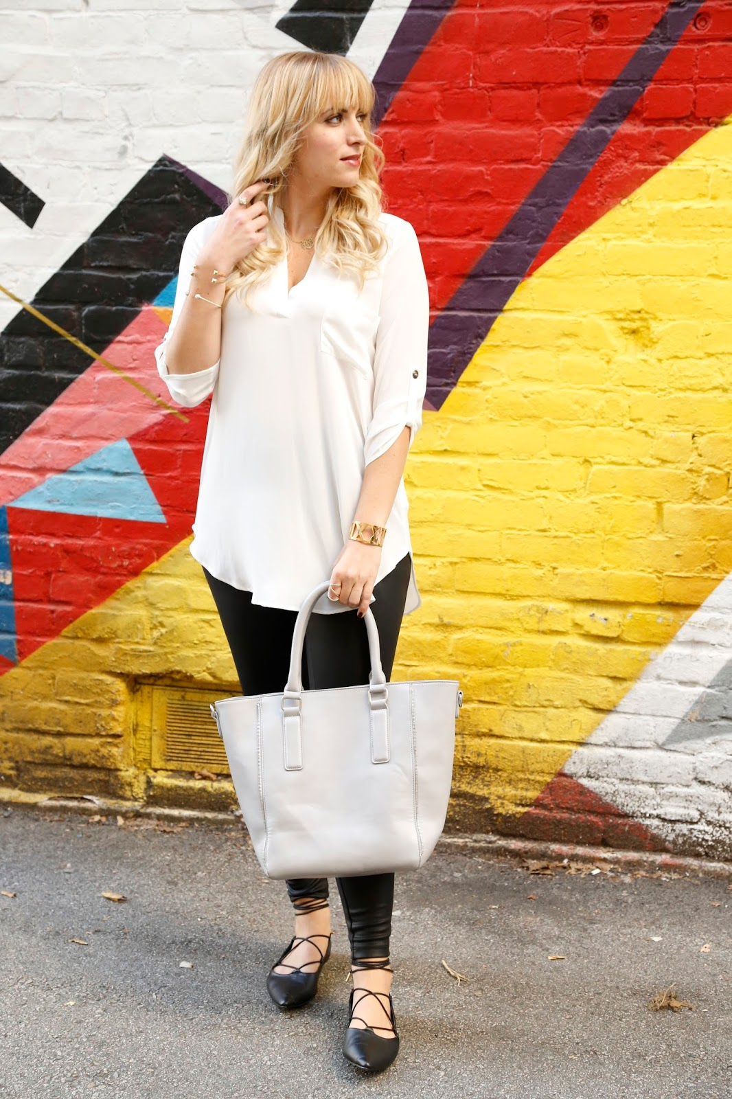 how-to-wear-a-tunic-white