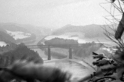 Detail - Innbrücke Königswart im Winter von einer Anhöhe aus - 1930-1950