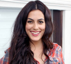 Amrit Maghera Biography Age Height, Profile, Family, Husband, Son, Daughter, Father, Mother, Children, Biodata, Marriage Photos.
