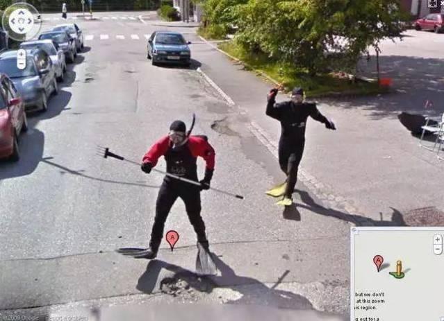 20 Momen absurd yang pernah tertangkap Google Street View, kocak!