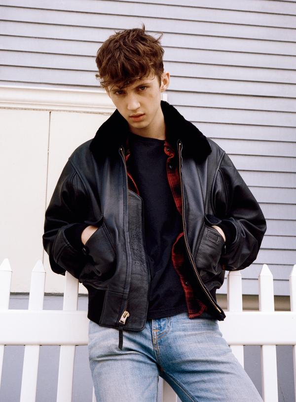 The Male Celebrity Famous Male Picture Blog Troye Sivan -4984