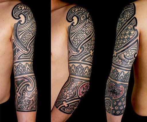 Tatuagens tribais para homens de mão cheia