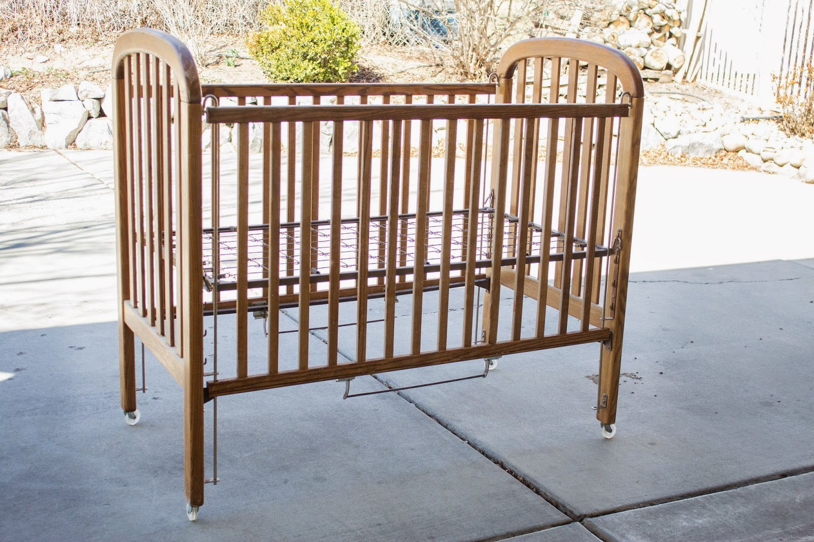 do it yourself divas: DIY: Old Crib Into Toddler Bed