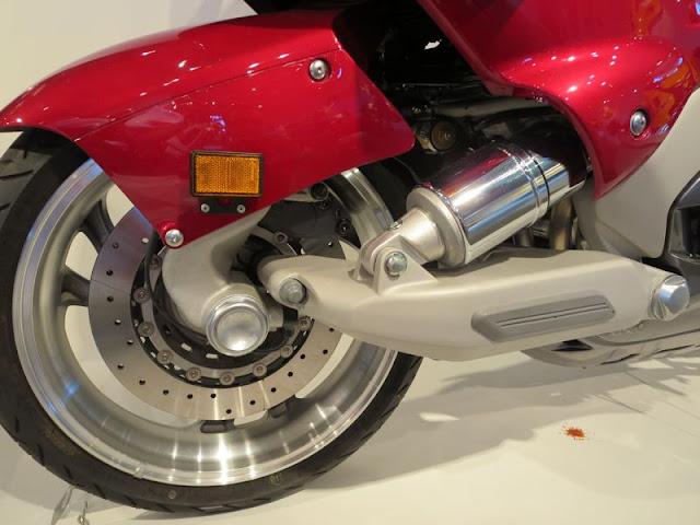 Yamaha GTS 1000 Motorcycle
