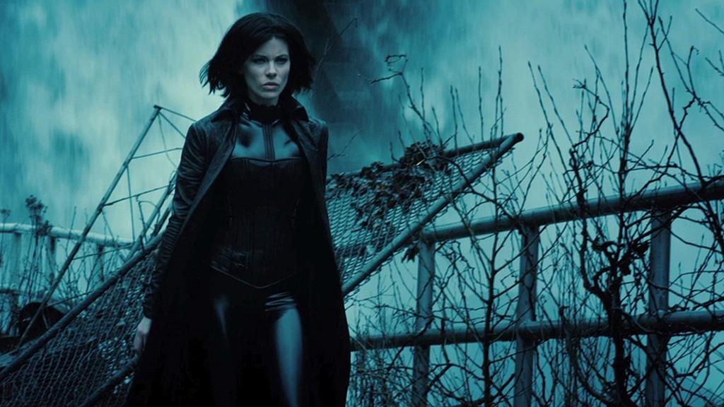 """Kate Beckinsale está invencível no 2º trailer de """"Anjos da Noite: Guerras de Sangue"""""""
