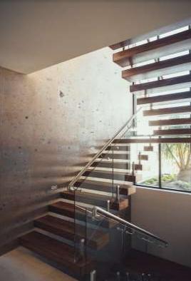 tangga rumah simple