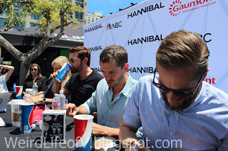Richard Armitage, Hugh Dancy, Bryan Fuller signing for fans - San Diego Comic Con 2015