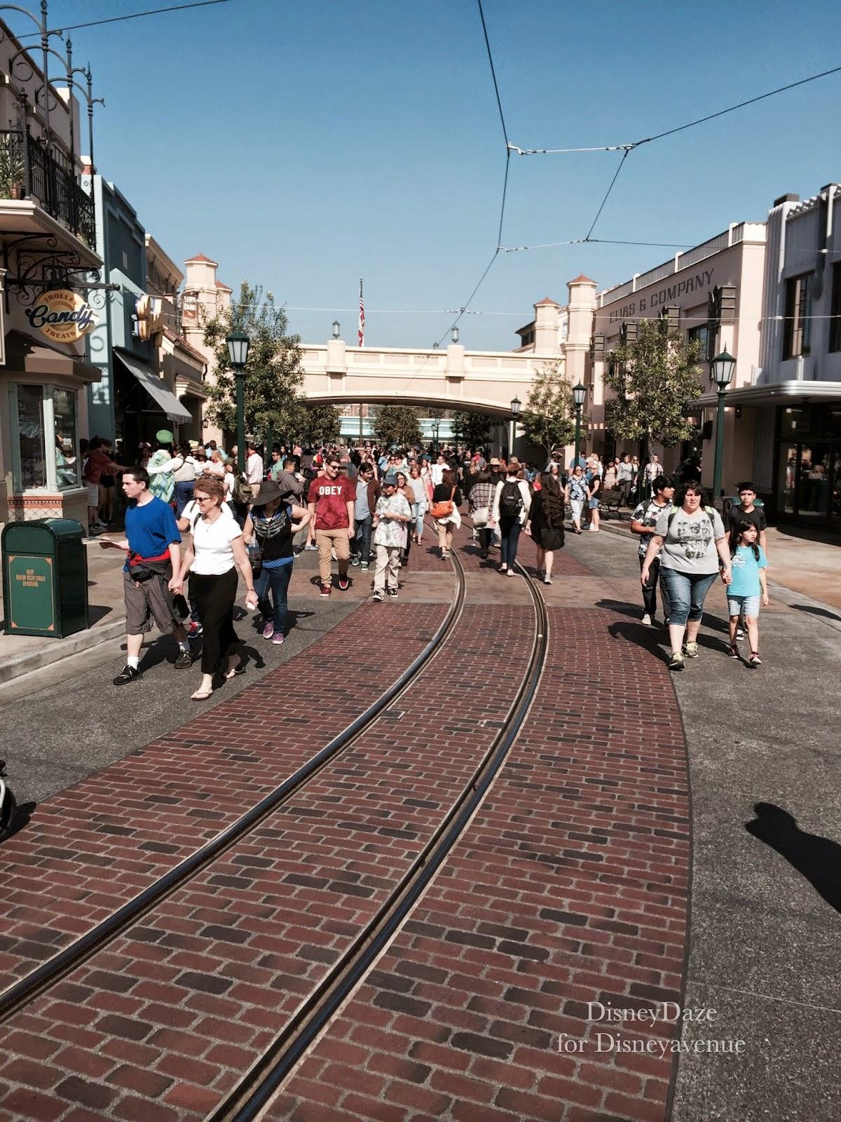 Disney Avenue A Walk In The Park Disneyland Edition