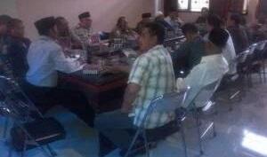 Warga Labuhan Haji Ancam Gugat Pemkab