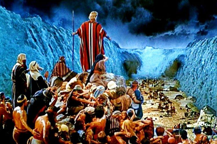 Musa peygamber ve kavminin firavundan kaçarken Petra'ya sığındığına inanılıyor.