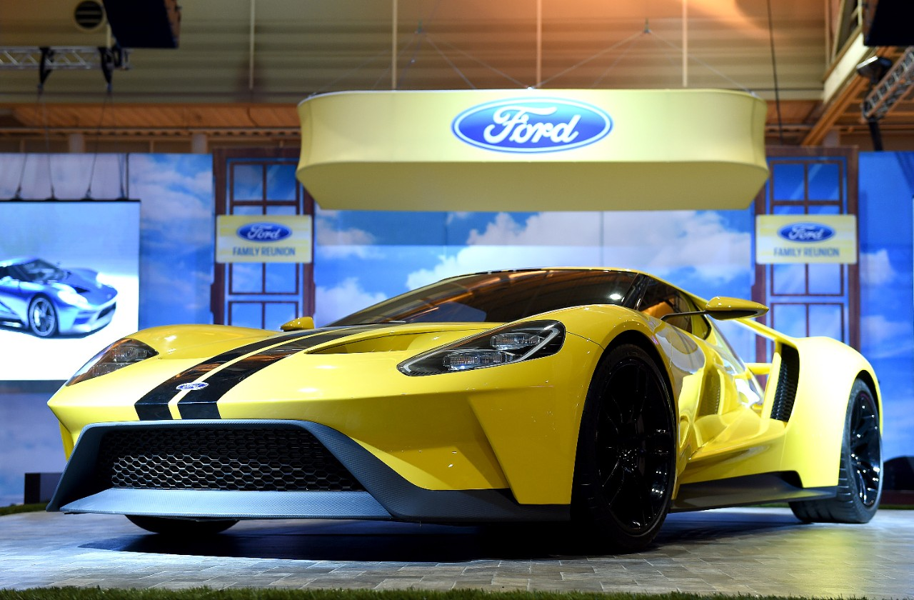 Ford offers customers 5 600 combos to make their gt unique for Ford motor company incentives