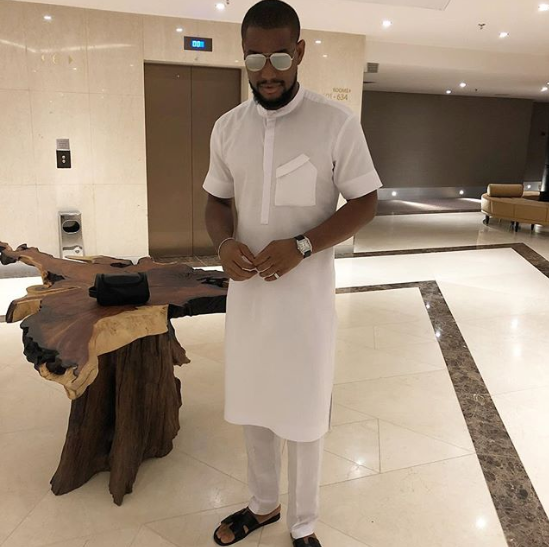 Alex reacts as non of his muslim friends or fan invites him over for sallah celebration