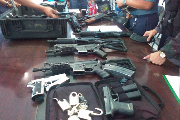 Family members of Ozamiz mayor turn over guns