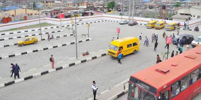 Man Suddenly Drops Dead At Bus Stop In Lagos