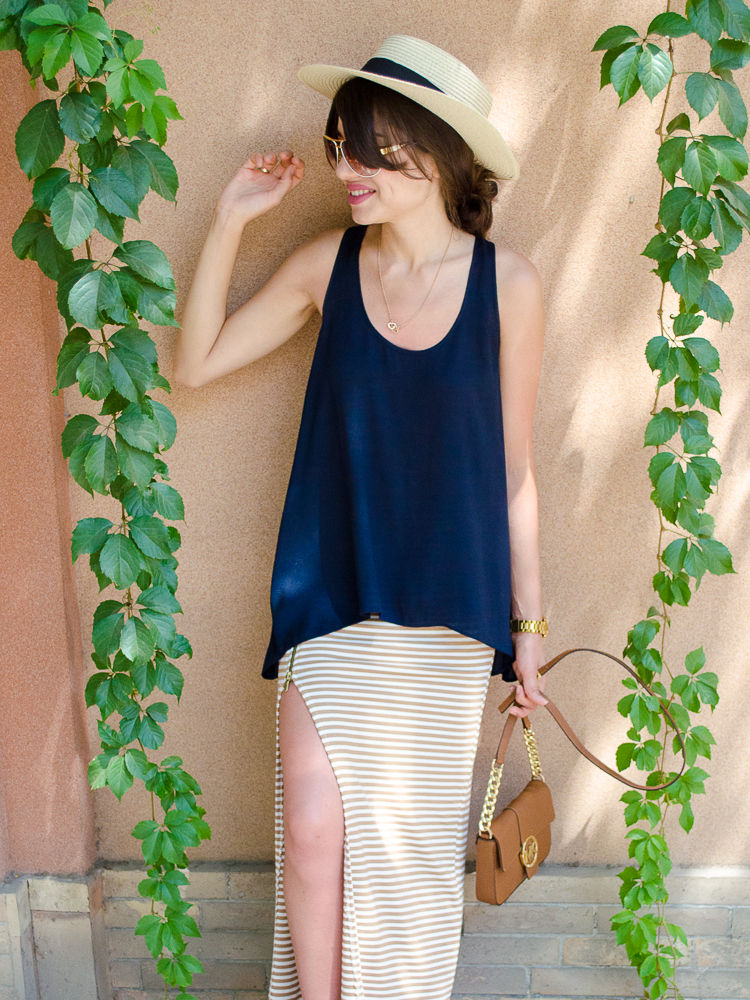 fashionblogger-lookoftheday-hat-stripe-skirt-navy-top-mango-bag-michaelkors