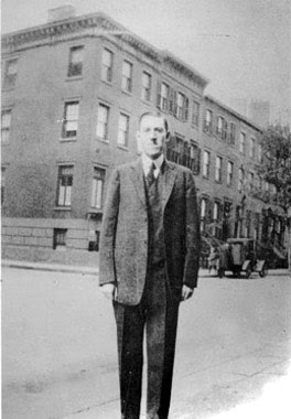 H.P. Lovecraft, 169 Clinton Street,  New York, 1925, foto