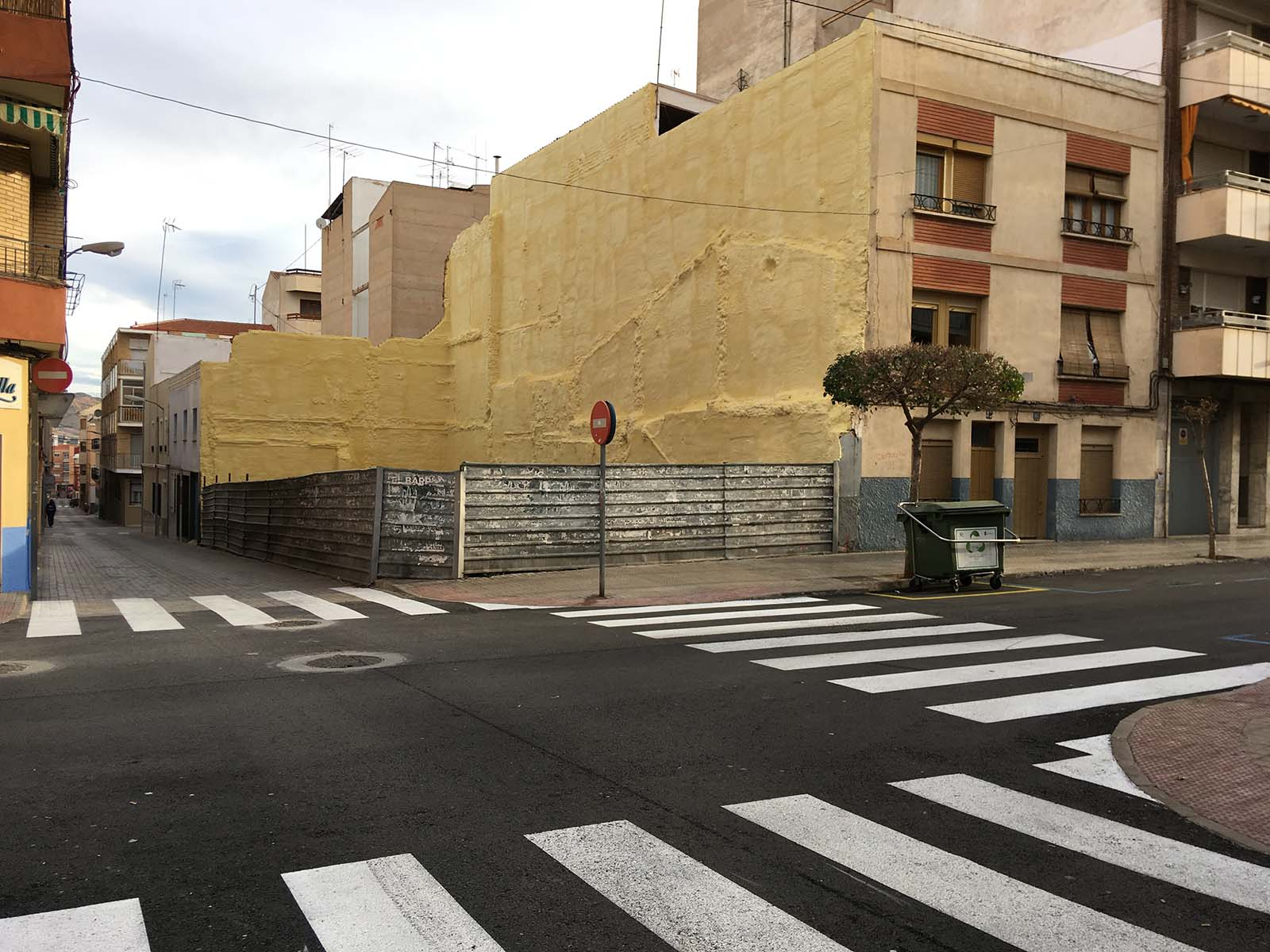 Pasos de cebra. Calle San José. Yecla, enero 2018