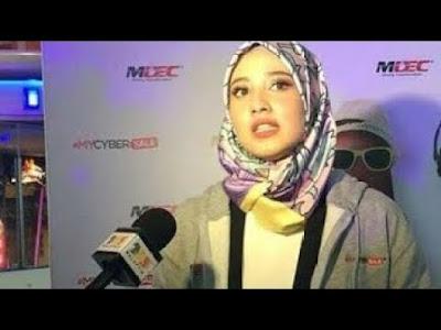 Fathia Latiff Kesal Berpakaian Seksi Falam Bigo Live