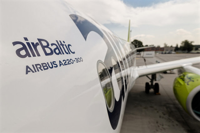airbaltic a220-300 photo from cockpit window