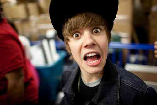 funny faces of justin bieber - photo #29