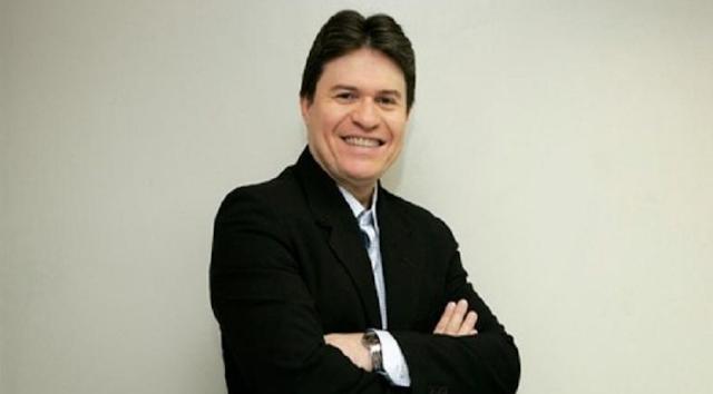 Morre, aos 51 anos, o apresentador  e radialista Ênio Carlos em Fortaleza-CE