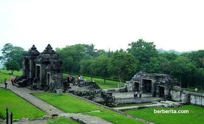 Situs Istana Candi Ratu Boko Sleman Yogyakarta