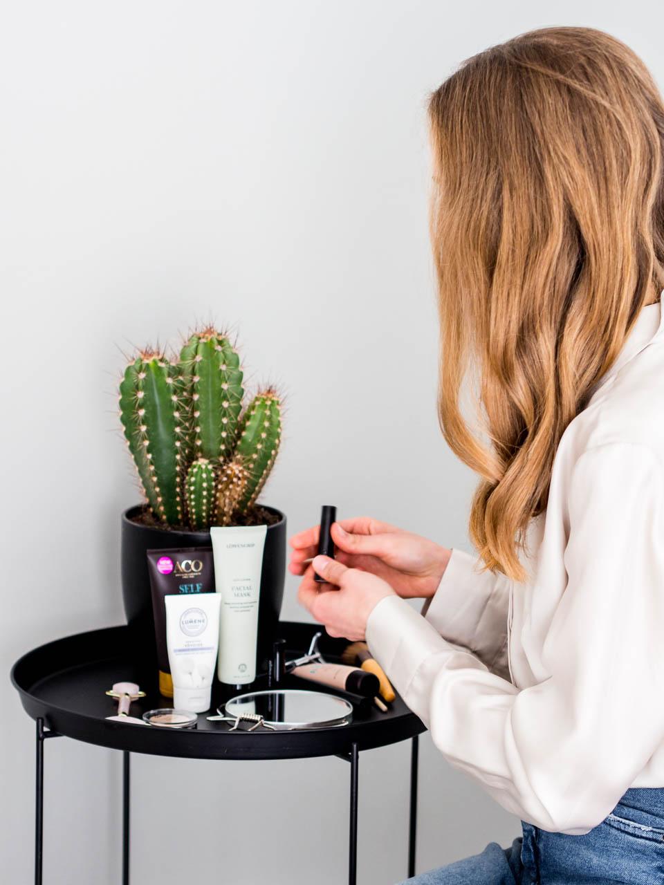beauty-tips-skincare-make-up-self-tan-kauneus-ihonhoito-meikit-luonnonkosmetiikka-itseruskettava