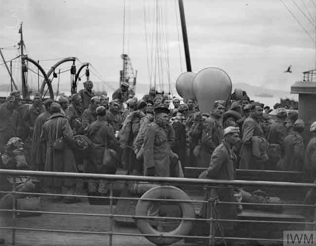 Italian POWs arriving in England, 23 October 1941 worldwartwo.filminspector.com