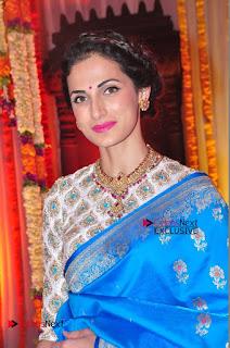 Actress Model Shilpa Reddy Exclusive Stills in Blue Saree at Vijay Karan Aashna Wedding  0037.JPG