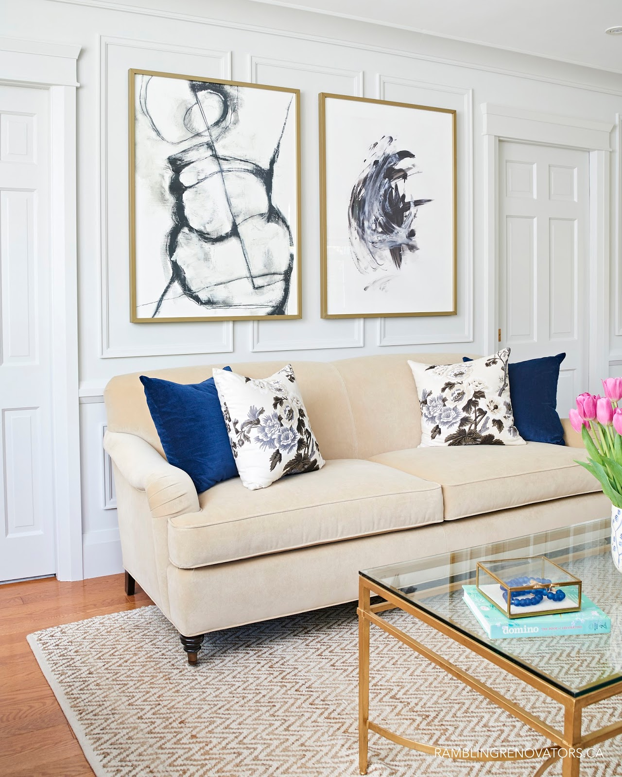 Living Room Designs Traditional: Sarah M. Dorsey Designs: Friday Five