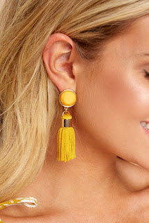 https://www.reddressboutique.com/collections/all-accessories/products/a-sure-shot-goldenrod-tassel-earrings