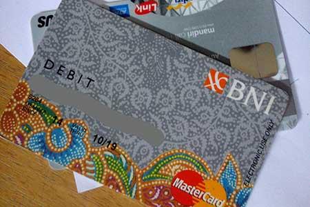 Biaya Admin Pengelolaan Kartu ATM BNI Silver Gold Platinum