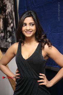 Telugu Actress Kamna Singh Stills in Black Dress at Bharat Thakur Art Exhibition Launch  0043.jpg
