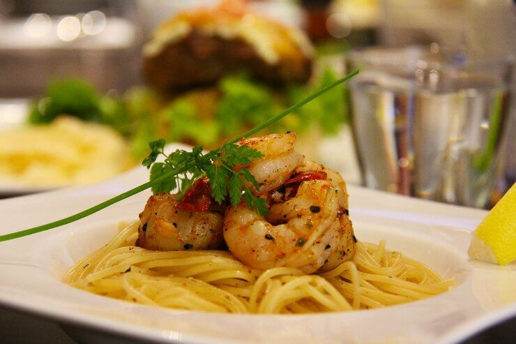 Chilli, Garlic and Prawn Spaghetti with Lemon Sauce