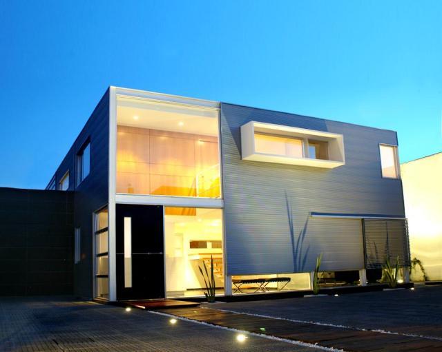 Casa detalles casa fachada lineal house facade for Fachadas minimalistas modernas