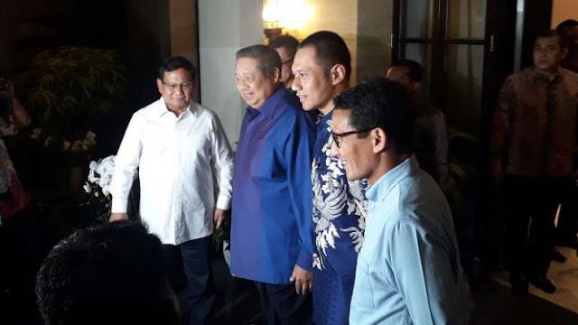 Prabowo dan Sandiaga Uno Tiba di Kediaman SBY